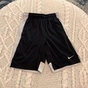 💖Nike Shorts (Black & White)